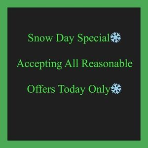 Other - ❄️SNOW DAY SPECIAL❄️